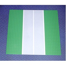 606p33 Green Baseplate, Road 32 x 32 9-Stud Straight with Runway Pattern