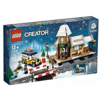 10259 CREATOR Winter Village Station