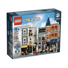 10255 CREATOR Assembly Square